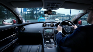 jaguar_windscreen